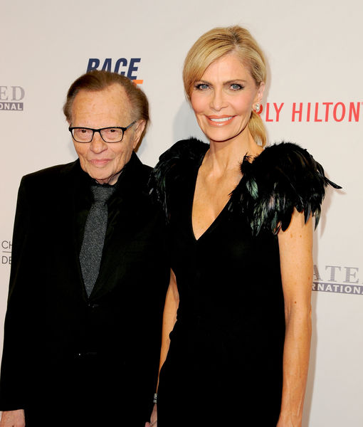 Larry King ignoring trusted team during wife's cheating scandal