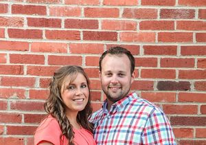 Josh & Anna Duggar Celebrate 8th Wedding Anniversary — See…
