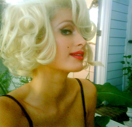 Paris Hilton channels Marilyn Monroe
