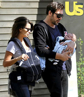 First Pic Javier Bardem And Penelope Cruz S Baby