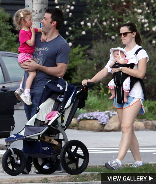 ben affleck and jennifer garner with violet and seraphina