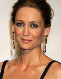 'The O.C.'s' Kelly Rowan Engaged to Billionaire | ExtraTV.com