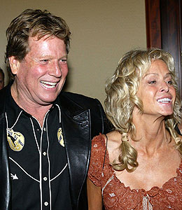 ryan o'neal and farrah fawcett to wed
