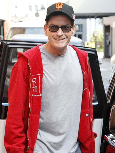 Charlie Sheen Not Heading to UK 'Celebrity Big Brother ...