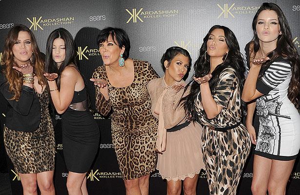 kardashian-family.jpg