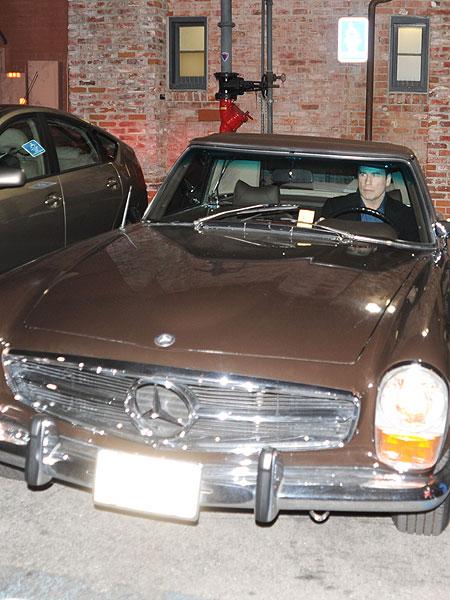 john-travolta-car.jpg