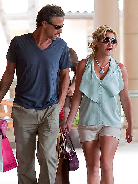 Britney Spears and Jason Trawick.jpg