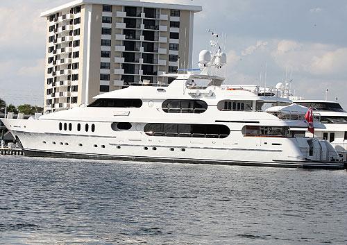 1210-boat.jpg