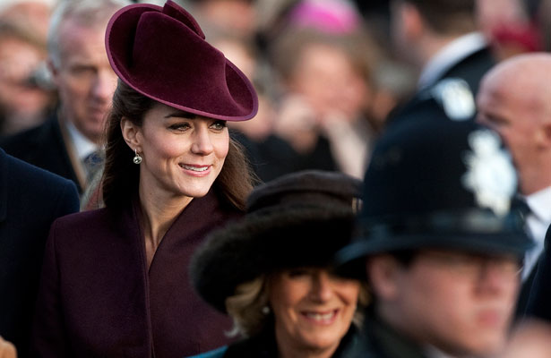 kate-middleton-crowd