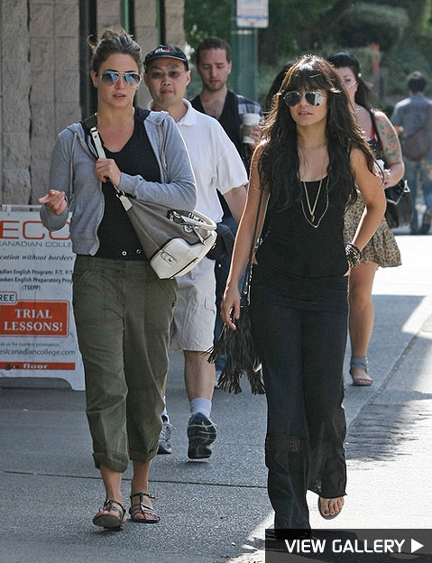 nikki reed hangs with vanessa hudgens
